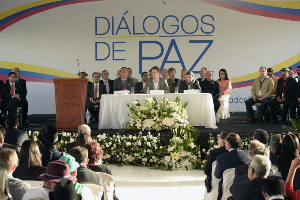 """ONU Derechos Humanos pide a Gobierno colombiano y a ELN que sigan en el """"camino hacia la paz"""""""